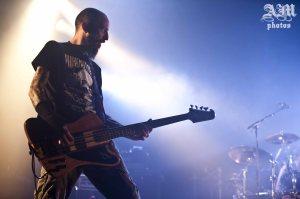 Jean-Matt (basse). Concert à Bourgoin-Jallieu, le 17 mai 2014.